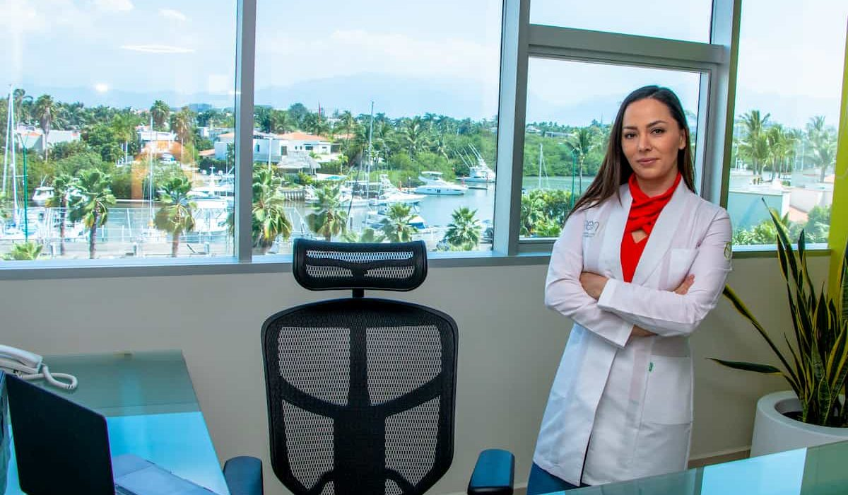 ELAEN Plastic Surgery Dr Rosy 4
